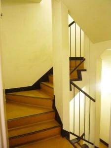 自由が丘セントラルマンション 階段