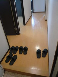 永谷リヴュール新宿 玄関