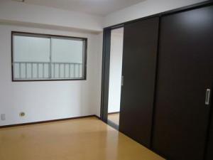永谷リヴュール新宿 洋室