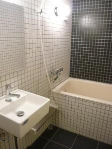 明石町アビタシオン バスルーム