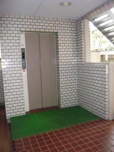 中銀若林マンシオン エレベーター
