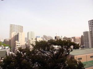 マンション雅叙苑 約14.1帖リビングからの眺望