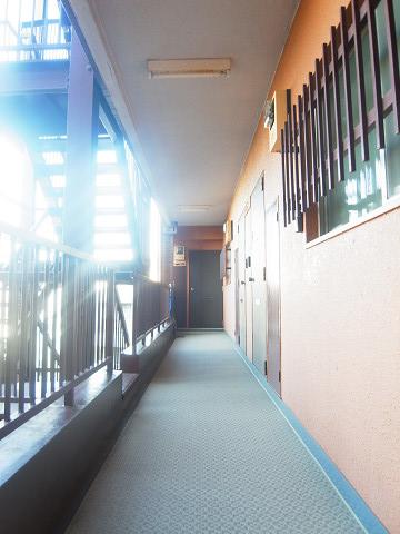 ライオンズマンション不動前 外廊下