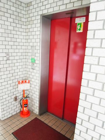 ライオンズマンション二子玉川 エレベーター