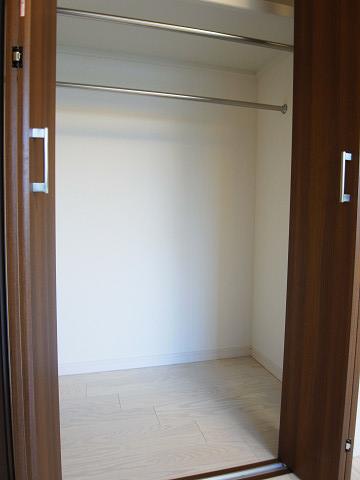 グリーンプラザ五反田 洋室収納