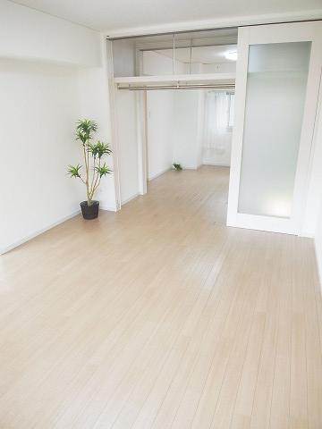 幡ヶ谷コーエイマンション リビング