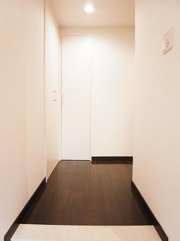 アールヴェール新宿弁天町 廊下