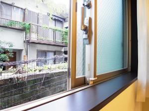 アールヴェール新宿弁天町 洋室1