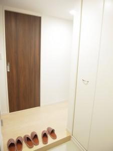 中銀マーブルマンシオン新宿5丁目 玄関