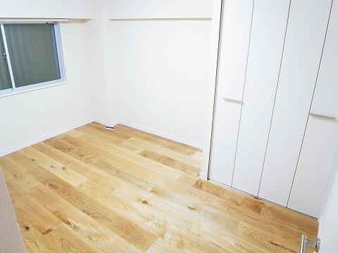 ソフトタウン代々木  洋室1
