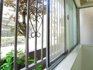 四谷軒第1経堂シティコーポ LDK窓
