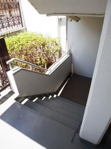 キャッスルマンション成城学園前 階段