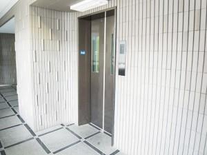 ニューハイツ新神楽坂  エレベーター