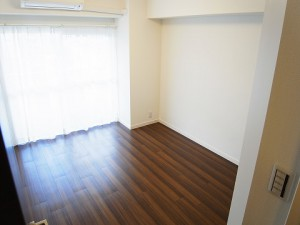 マンション新宿御苑  洋室1