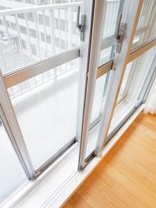 田町スカイハイツ 洋室3 窓