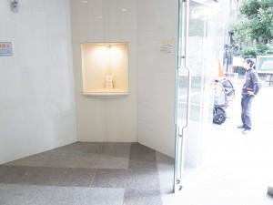 パレステュディオ渋谷本町  エントランス
