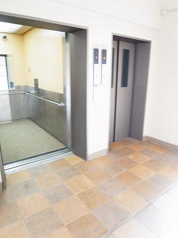 馬事公苑ハイム2号棟 エレベーター