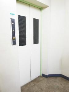 経堂コンド  エレベーター