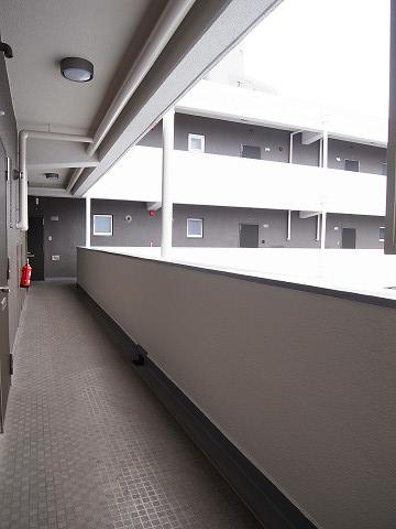 鶴ハイム笹塚 外廊下