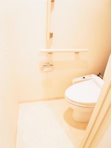 フォルム四谷外苑東 トイレ