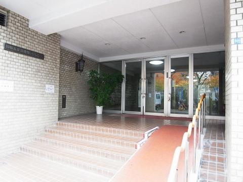 秀和五反田駅前レジデンス エントランス