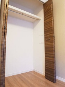 グリーンヒル新宿  洋室2収納