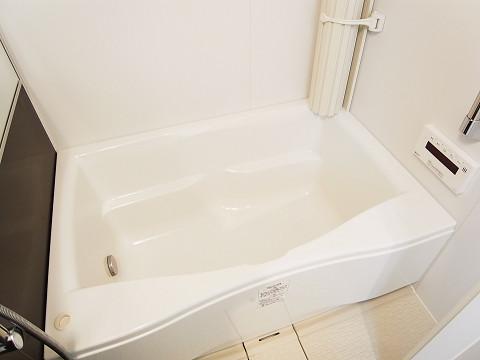 ホワイトレジデンス バスルーム