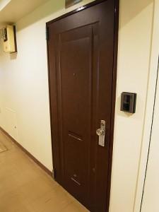 ライオンズマンション三宿 玄関