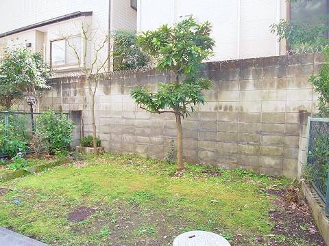 三田第2コーポラス 専用庭