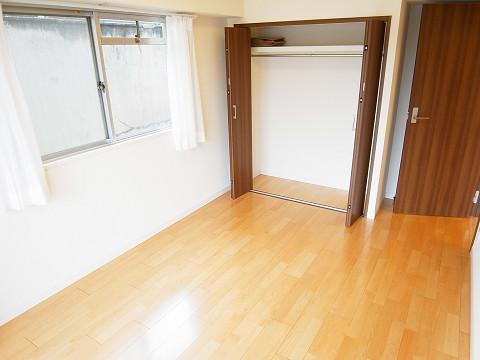 クレール武蔵小山 洋室1
