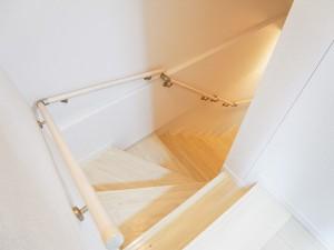 オープンレジデンス世田谷梅丘 階段