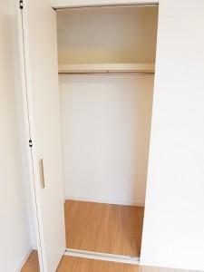 東建ニューハイツ西新宿 洋室8帖 クローゼット