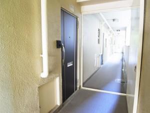 コーポ麹町  マンション廊下