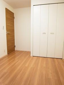 ライオンズマンション西五反田 洋室2