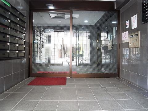 ライオンズシティ渋谷本町  エントランス