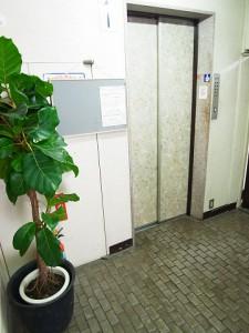 パボレアール四谷 エレベーター