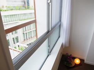 御殿山第2コーポラス  洋室窓