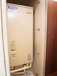 柿の木坂スカイマンション  温水器