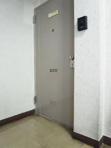 玉川コーポラス 玄関