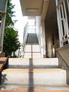 ライオンズマンション桜新町  廊下階段
