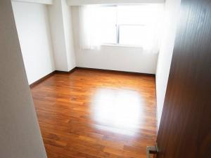 池田山スカイマンション  洋室2