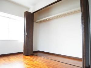 池田山スカイマンション  洋室3収納