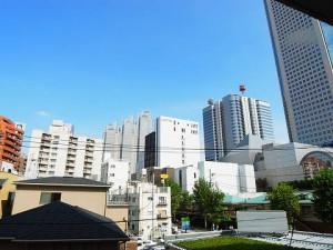 渋谷本町マンション  洋室1眺望