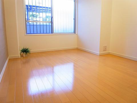 二子玉川ロイヤルマンション 洋室1