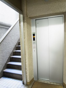 ライオンズマンション茅場町 エレベーター