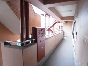 クレベール西新宿フォレストマンション 外廊下