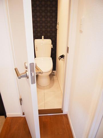 マンション第一明大前 トイレ