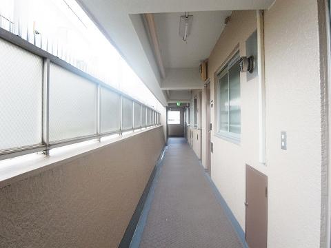 シャトーエスぺランス 外廊下