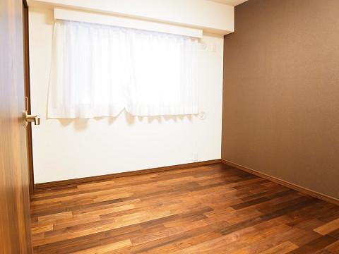 グレースプラザ若松町 洋室2