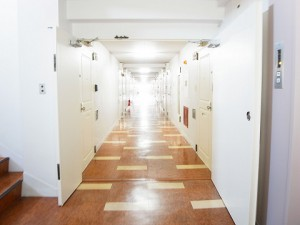 ハヤマビル 内廊下